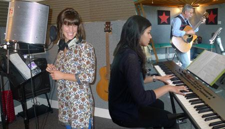lorena's singing experience